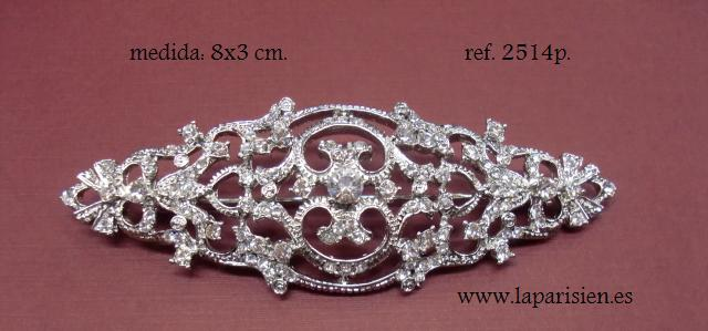 Brooches for wedding dresses