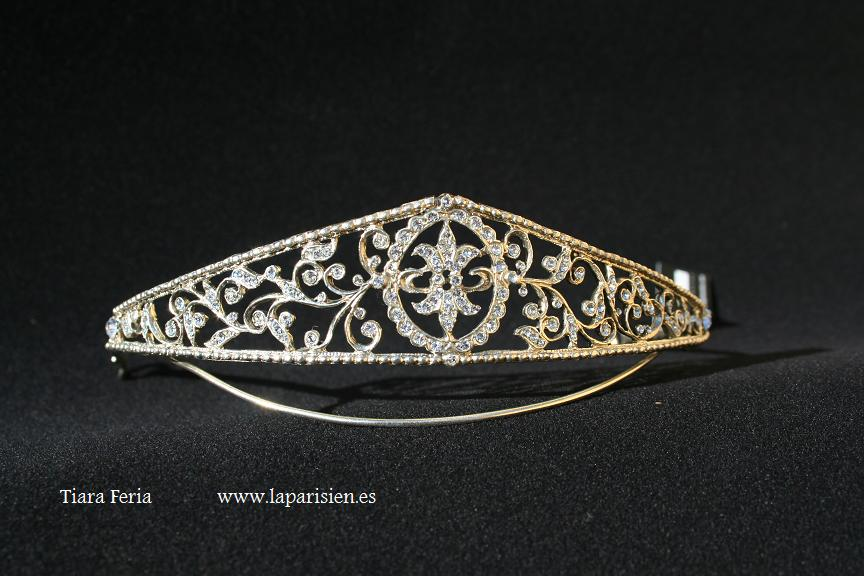 Silver wedding tiara, Feria model.