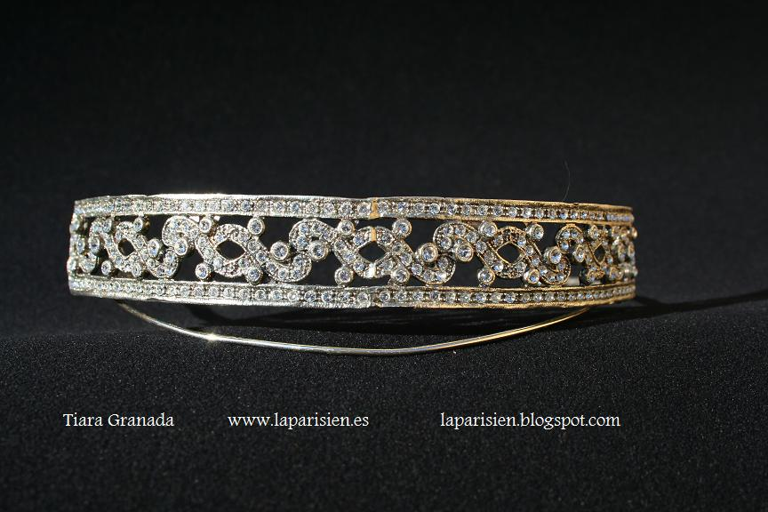 Silver wedding tiara, Granada model.