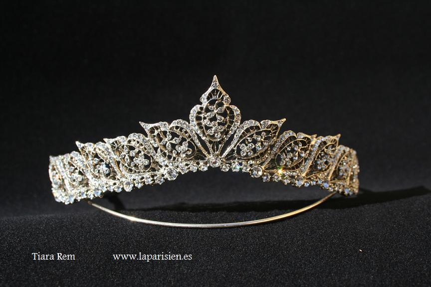 Silver wedding tiara, Rem model.